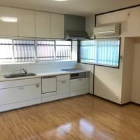 大牟田市白銀 中古住宅のサムネイル