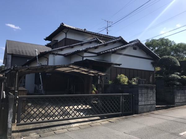 荒尾市原万田 中古住宅のサムネイル