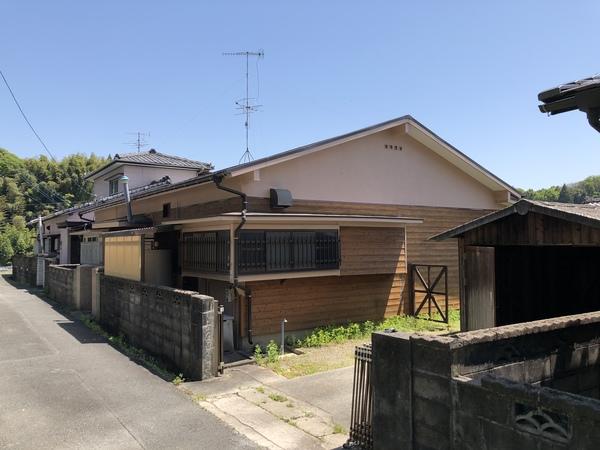 大牟田市下池町 中古住宅のサムネイル