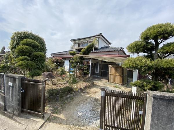 大牟田市龍湖瀬 2階建住宅のサムネイル