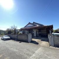 荒尾市桜山町一丁目 平家建住宅のサムネイル